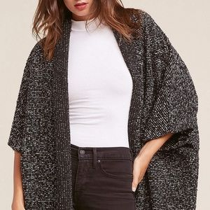 BB Dakota Black & White Marled Batwing Cardigan